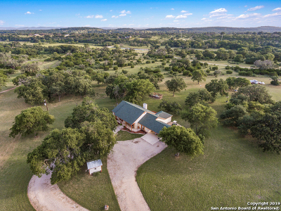 Bandera Farm & Ranch For Sale: 191 Oak Hollow Ln