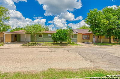 Frio County Multi Family Home Active Option: 202 Cherry St