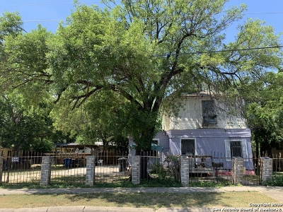 San Antonio Multi Family Home New: 3127 W Travis St