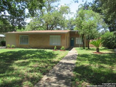 Single Family Home New: 111 Ridgehaven Pl