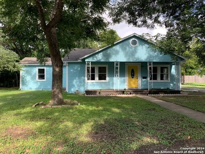 Guadalupe County Single Family Home Back on Market: 216 Moore St