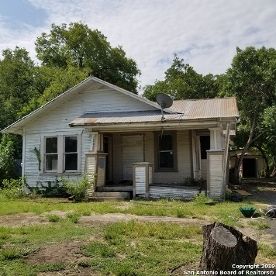 San Antonio Single Family Home Price Change: 1022 Delaware St