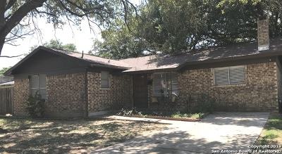 Atascosa County Single Family Home New: 311 Tagert St