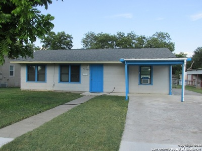 Hondo Single Family Home New: 2401 Avenue E