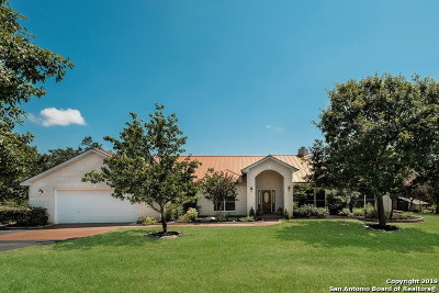 Boerne Single Family Home New: 315 Red Oak Dr