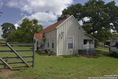 Wilson County Farm & Ranch For Sale: 489 County Road 144