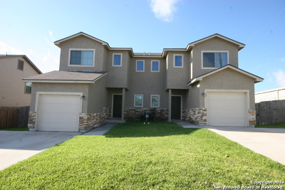 Converse, Live Oak, Selma Multi Family Home For Sale: 8702 Vista De Nubes
