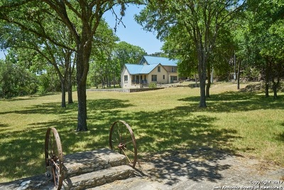 Kendall County Single Family Home New: 320 Upper Cibolo Creek Rd