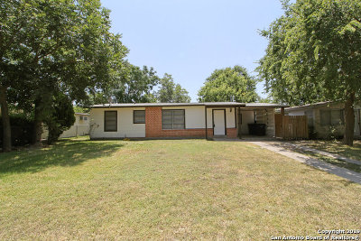 Single Family Home New: 110 Huxley Dr