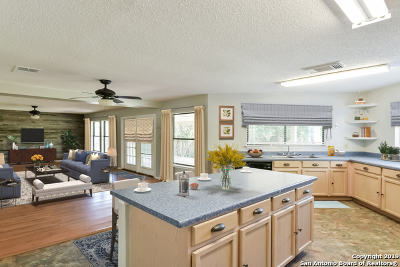 San Antonio Single Family Home New: 6919 Barrington Ct