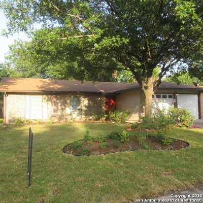 Kirby Single Family Home For Sale: 2806 Fred Haise Dr