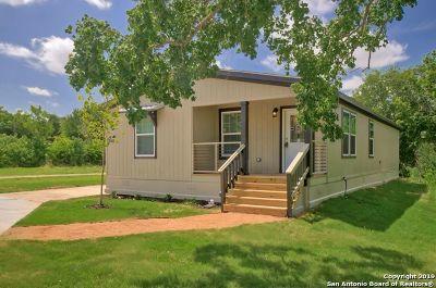 San Antonio Manufactured Home For Sale: 5402 Gavilan Dr