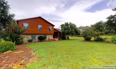 Guadalupe County Single Family Home New: 135 Engelmann Ln