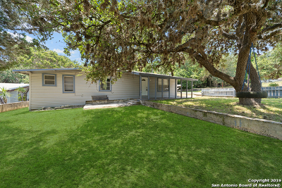 Lakehills Single Family Home Back on Market: 201 Park Dr