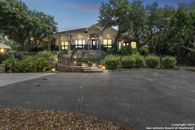Canyon Lake Single Family Home For Sale: 1390 Grand Pass