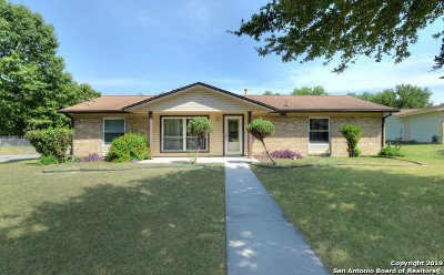 Live Oak Single Family Home For Sale: 211 Cherrywood Ln