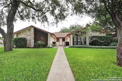 San Antonio Single Family Home For Sale: 19510 Encino Knoll St