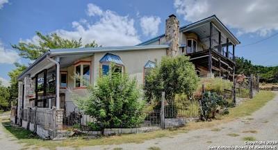 Kerrville Single Family Home Active Option: 1937 Oak Alley