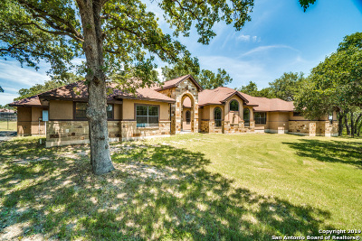 La Vernia TX Single Family Home Active Option: $449,900