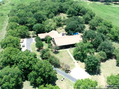 Atascosa County Single Family Home For Sale: 1860 Fm 2790