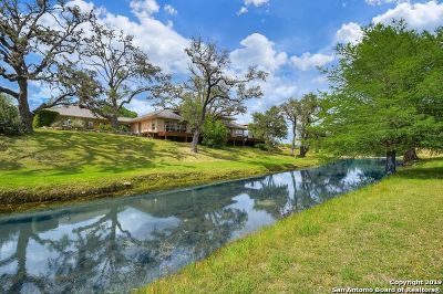Bandera TX Single Family Home For Sale: $875,000