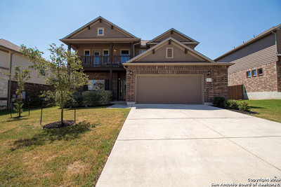 Schertz Single Family Home For Sale: 3124 Half Moon Dr