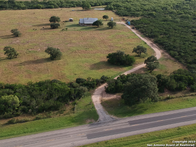 Atascosa County Single Family Home For Sale: 13961 State Highway 173