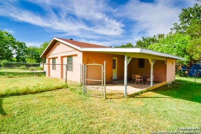 Canyon Lake Single Family Home For Sale: 1462 Green Hill Dr