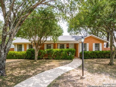 Alamo Heights Single Family Home For Sale: 102 E Edgewood Pl