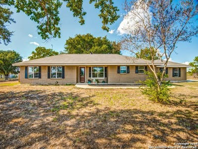 Floresville Single Family Home For Sale: 797 State Highway 97 E