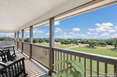 Boerne Single Family Home For Sale: 105 White Oak Trail