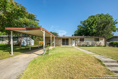Schertz Single Family Home Active Option: 813 Aero Ave