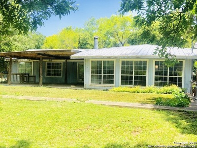 Kendall County Single Family Home For Sale: 114 Idlewilde Blvd