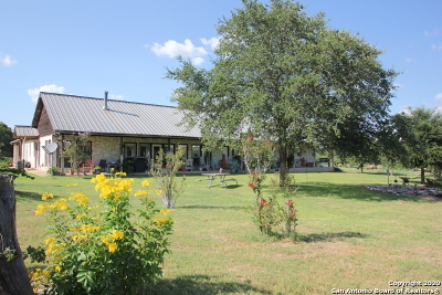 Floresville Farm & Ranch For Sale: 724 County Road 310