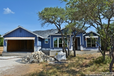 Fischer Single Family Home For Sale: 1561 Cottonwood Rd
