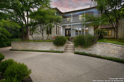 San Antonio Single Family Home For Sale: 611 Bluff Trl