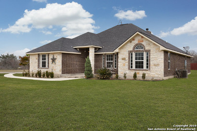 Floresville TX Single Family Home Price Change: $349,900