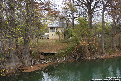 New Braunfels Single Family Home For Sale: 1262 Sleepy Hollow Ln