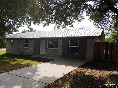 Wilson County Single Family Home For Sale: 8061 Fm 539