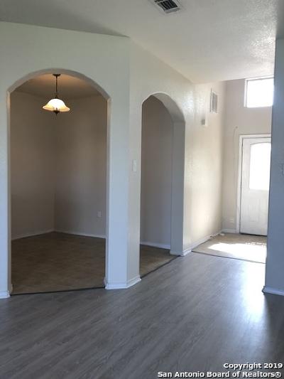 Seguin Single Family Home Price Change: 3435 Rob Roy St