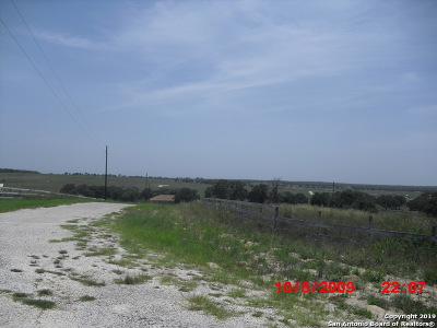 La Vernia Residential Lots & Land Active Option: 764 Lake Valley Dr