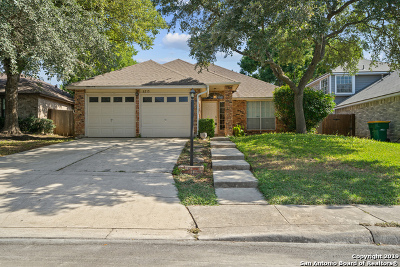 Converse Single Family Home Active Option: 8215 Manderly Pl