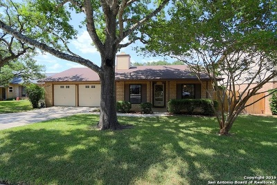 Encino Park Single Family Home For Sale: 1909 Creek Mountain St
