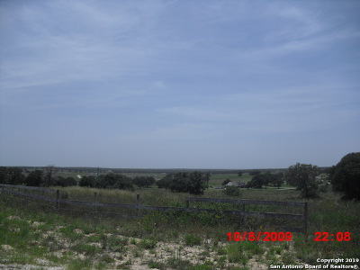 La Vernia Residential Lots & Land For Sale: 735 Lake Valley Dr