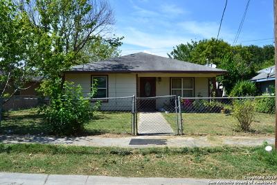 Seguin Single Family Home For Sale: 728 Elley St
