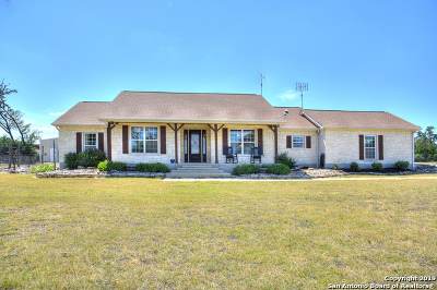 Bandera TX Single Family Home For Sale: $549,500