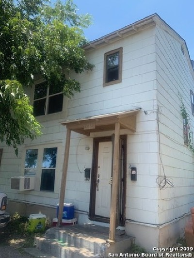 Bexar County Multi Family Home Active Option: 2815 S Pine St