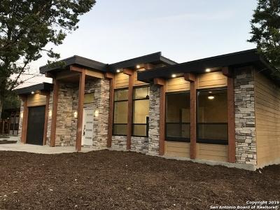Bulverde, Spring Branch, Canyon Lake Single Family Home Active Option: 2008 Robinhood Dr