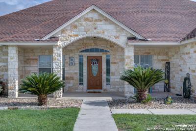 Seguin Single Family Home Price Change: 224 Kimbrough Rd