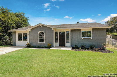 Schertz Single Family Home Active Option: 321 Melissa Ct